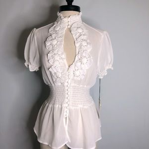 Love Stitch White Top Blouse Short sleeve Pearls M